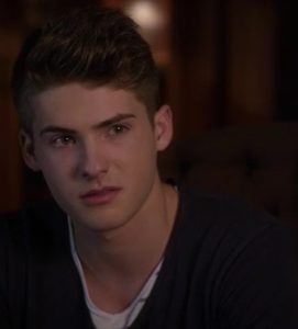 マイク・モンゴメリー(Cody Christian)Pretty Little Liars